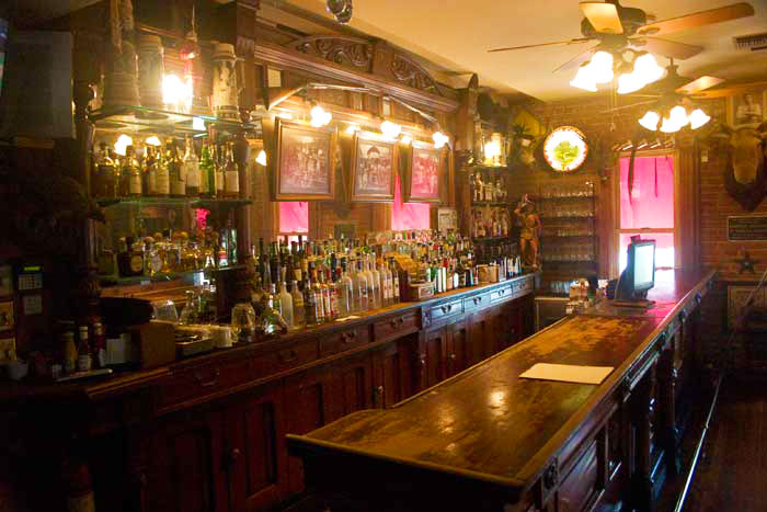 Beautiful bars best the most beautiful bars in chicago thrillist decorating design home design for Beautiful home bars